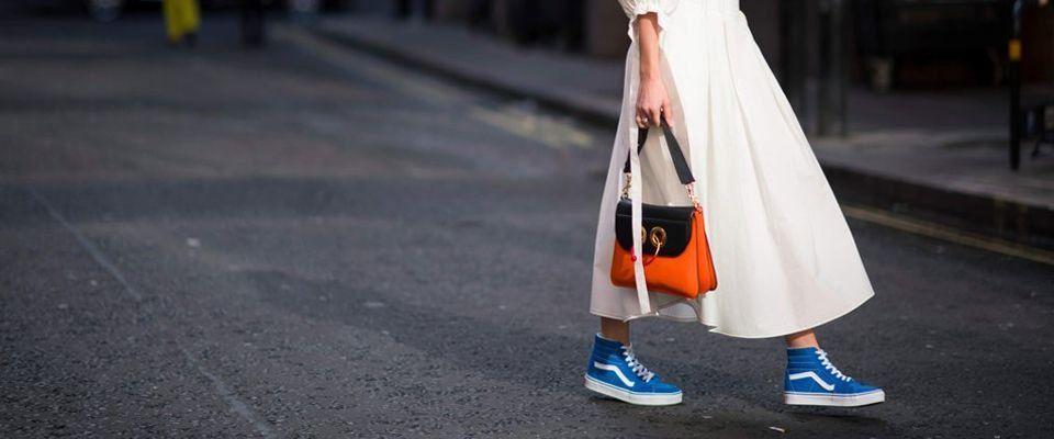 Женские кроссовки и кеды фото